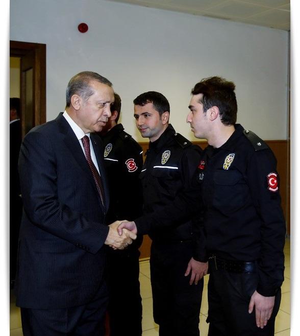 cumhurbaskani-erdogan-cevik-kuvvet-sube-mudurlugunu-ziyaret-ettikayserihaber-4